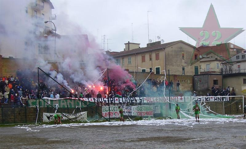 Stagione Ultras 2004/2005 - Pagina 2 Cnsc320