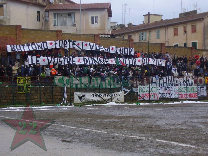 Stagione Ultras 2004/2005 - Pagina 2 Cnsc711