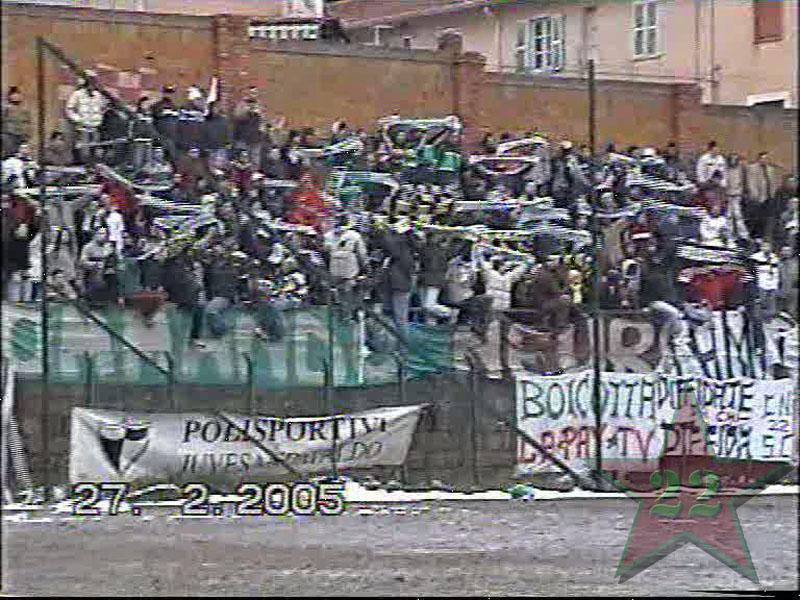 Stagione Ultras 2004/2005 - Pagina 2 Cnsc910