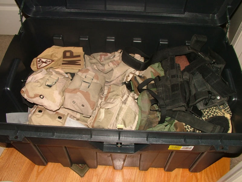 Deployment box (Footlockers) being used in OEF/OIF? Dscf4323