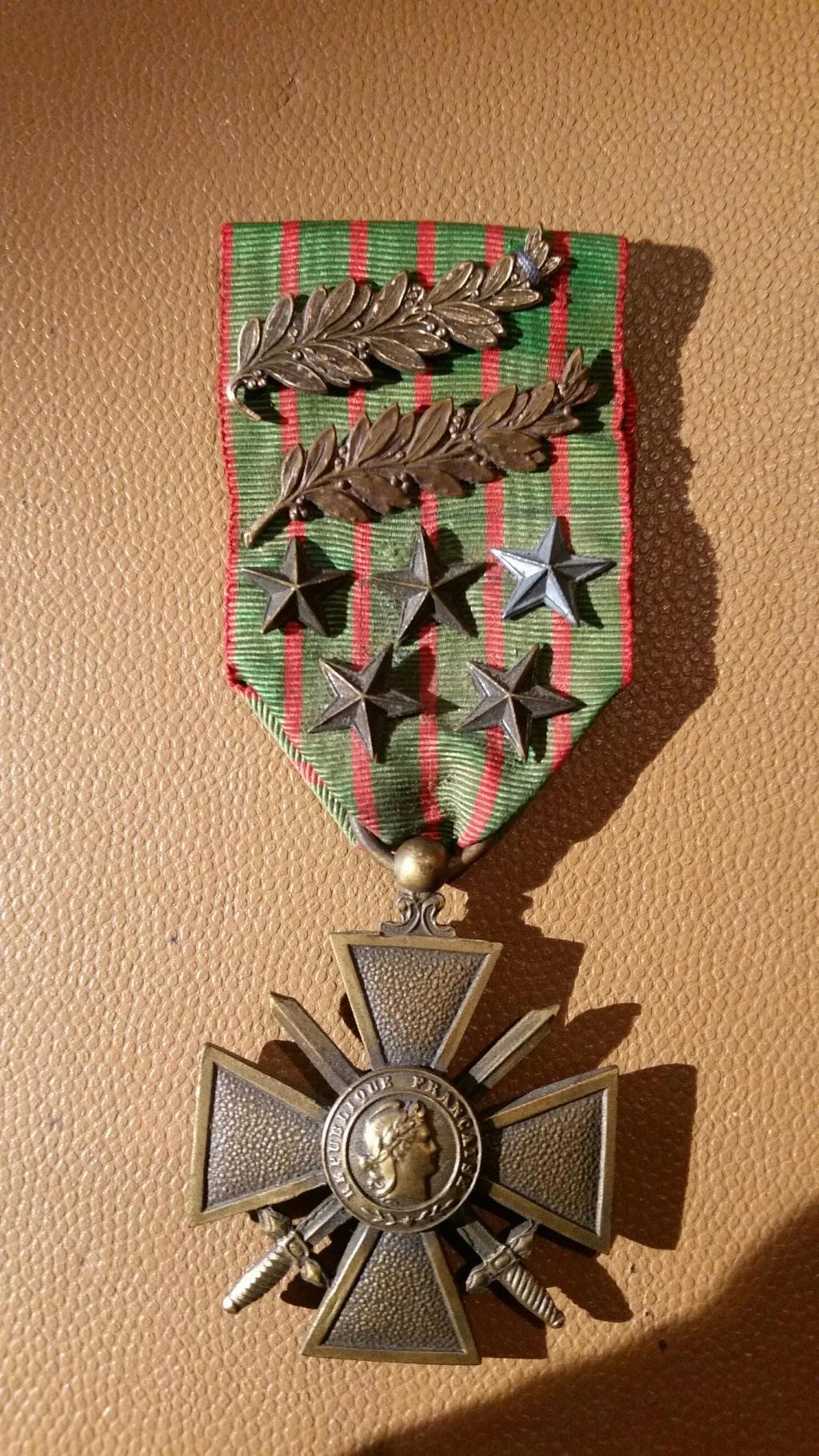 Une belle croix de guerre 14/18 - 8 citations 20180822