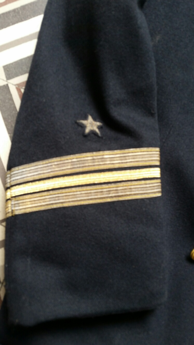 Officier marine allemand...bon..pas bon 20190536