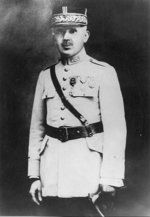 Pharmacien Général Paul Emile BAUDART : identification decoration militaire Captur10