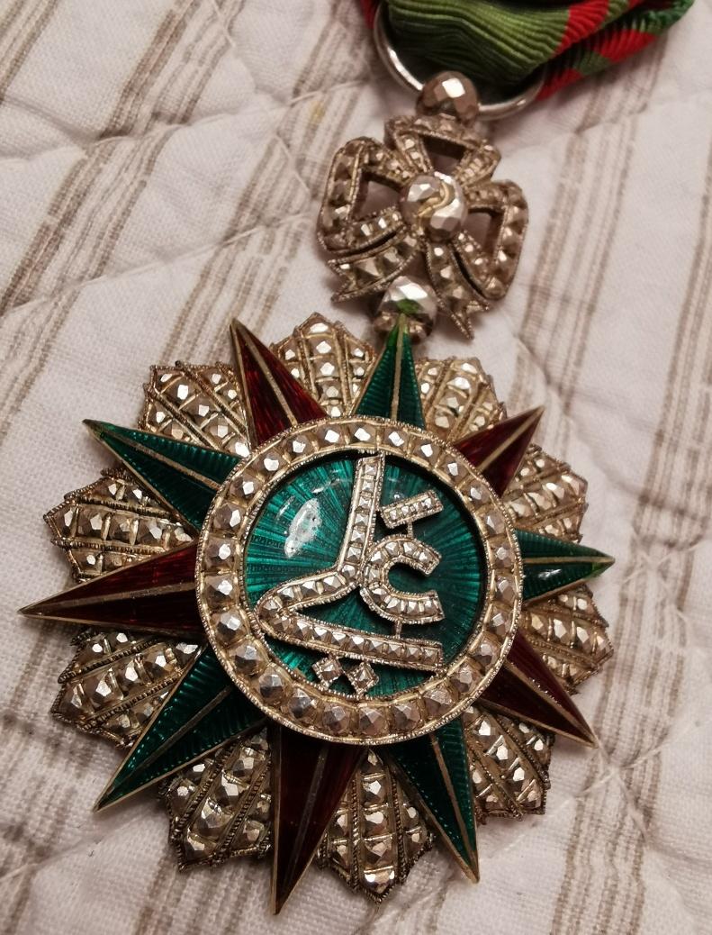 La Route fut bonne  le Jeudi : Ordre Légion d'Honneur Img_2027