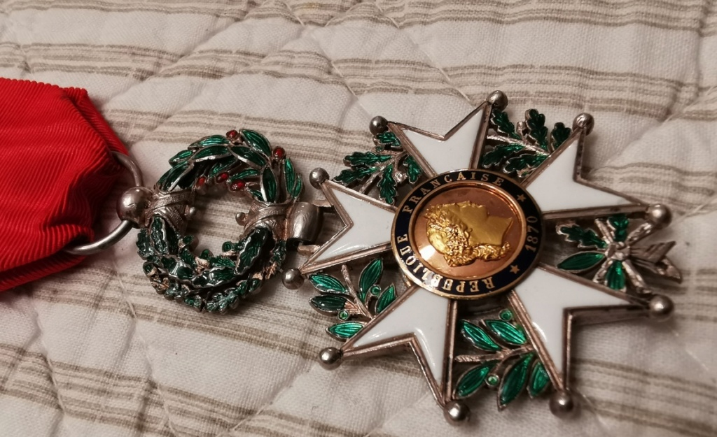 La Route fut bonne  le Jeudi : Ordre Légion d'Honneur Img_2030