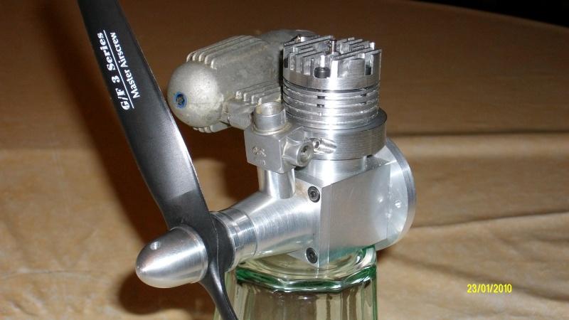 moteur thermique de classe 25 (4.06cm3) 008_310