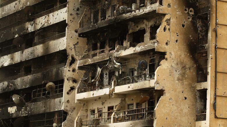 Libya crisis - Page 5 02-rtr10