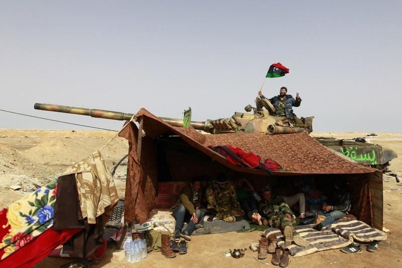 Libya crisis - Page 3 800xvr10