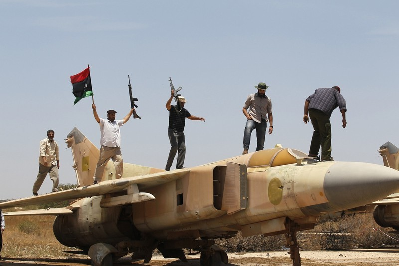 Libya crisis - Page 5 800xx10