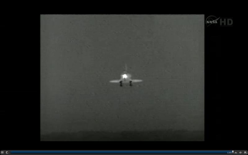 [STS-134]Retour sur Terre - Page 2 8h34_210
