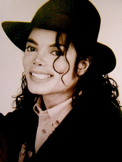 Deliciously Michael... Photos! - Page 2 Mjsmil10