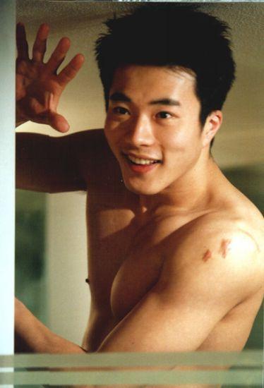 Kwon Sang Woo 68969410