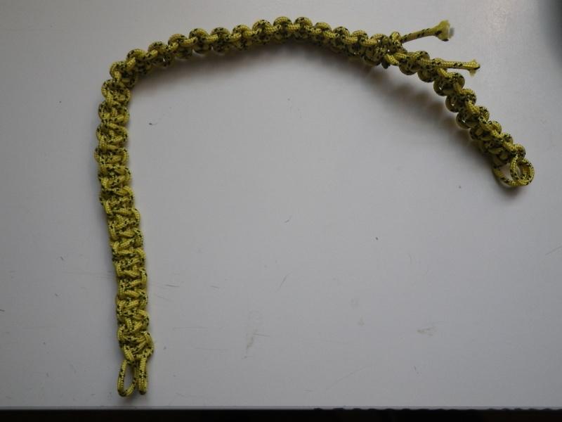 Bracelet et autres objets en paracord Imgp0211