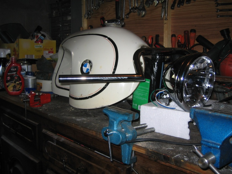 """Projet BMW """"old racer"""" - Page 2 Raserv10"""