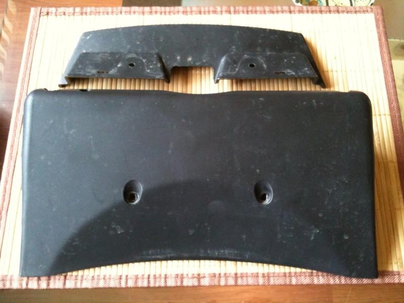 [A VENDRE] Top-case noir origine Piaggio + support top-case neuf Photo310