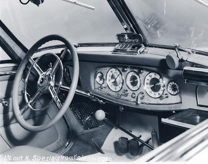 Essai de la Mercedes 540K Roadster 1937 1935me11