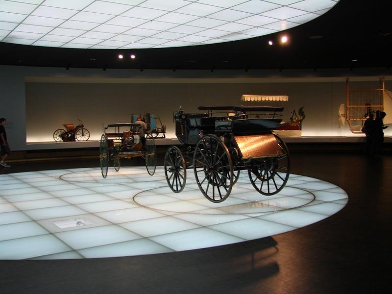 musée - [Photos] Le Mercedes-Benz Museum de Stuttgart 20511