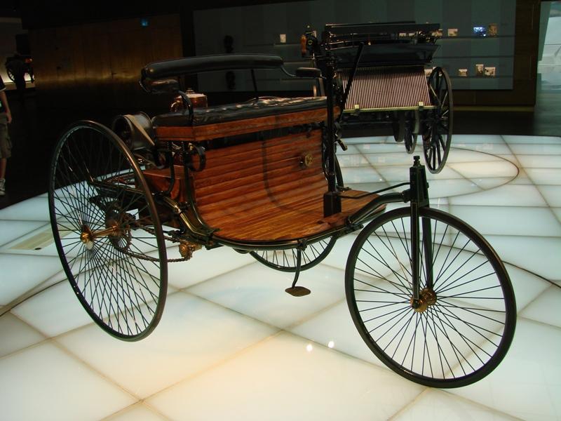 musée - [Photos] Le Mercedes-Benz Museum de Stuttgart 20710