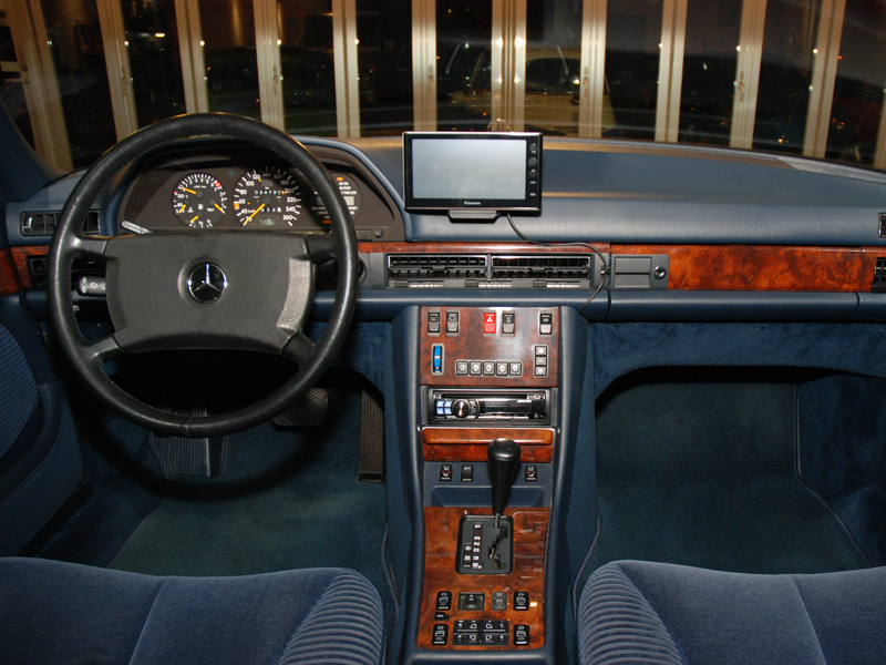 Les Mercedes 500/560 SE/SEL (W126)  536-1_18