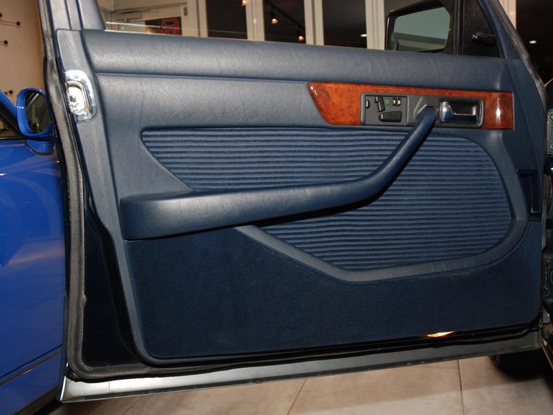 Les Mercedes 500/560 SE/SEL (W126)  536-1_23