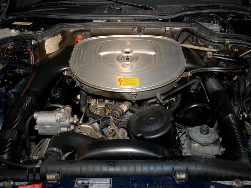 Les Mercedes 500/560 SE/SEL (W126)  536-1_26