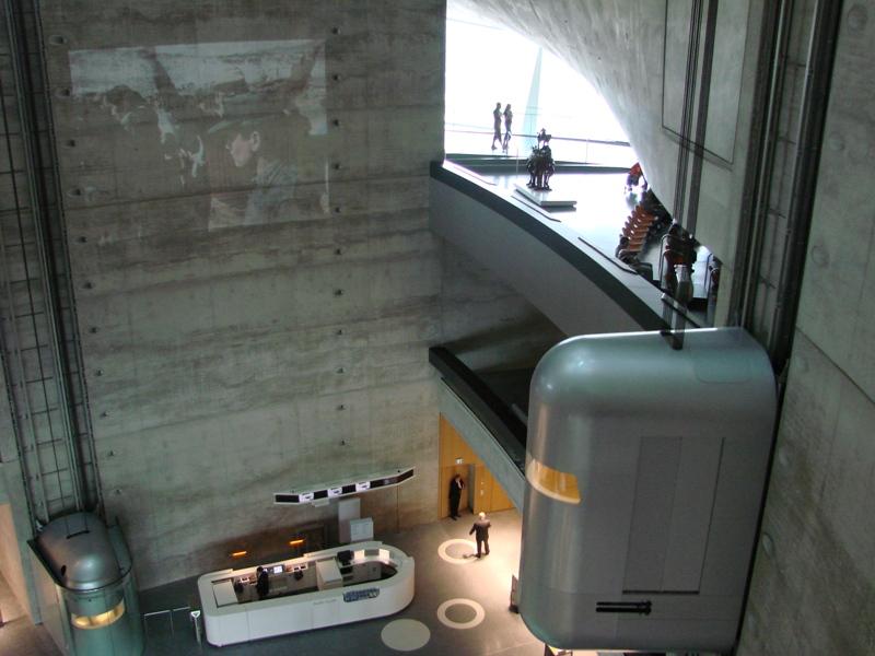 musée - [Photos] Le Mercedes-Benz Museum de Stuttgart 57410
