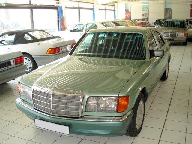Les Mercedes 500/560 SE/SEL (W126)  Merce821