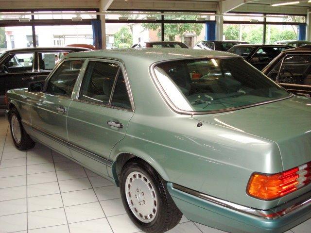 Les Mercedes 500/560 SE/SEL (W126)  Merce822
