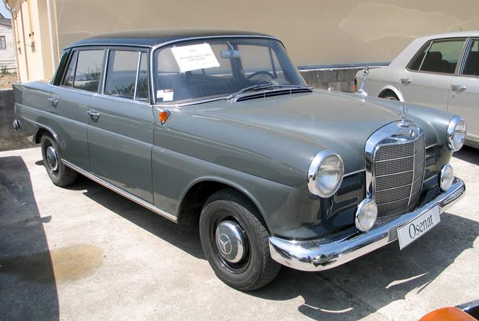 "[Historique] La Mercedes-Benz W110 ""Kleine Heckflosse"" 1961 - 1968 Osenat11"
