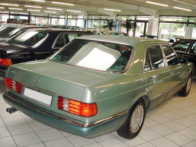 Les Mercedes 500/560 SE/SEL (W126)  S11
