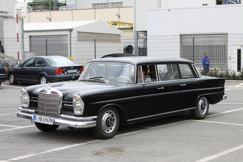 Les Mercedes 230 S / 220 SE Grosse Heckflosse  (W111) 1961-1965   - Page 2 W1112510