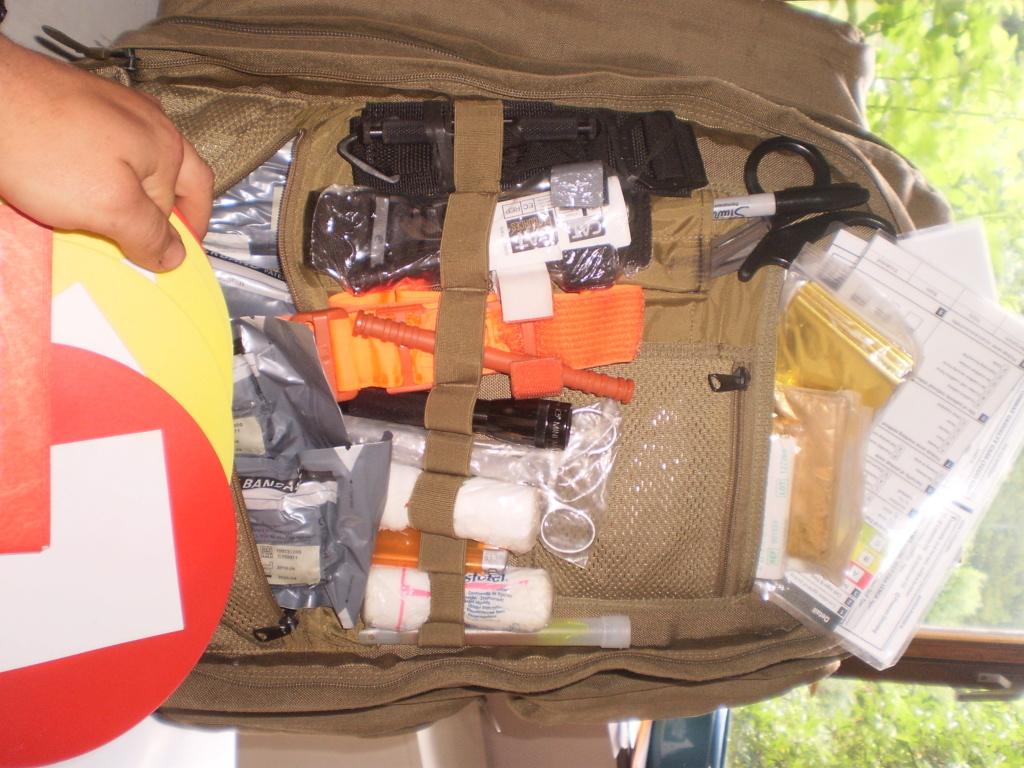 Le kit medical de Montargie au boulot (sphère 1 & 2 ) Pa180015