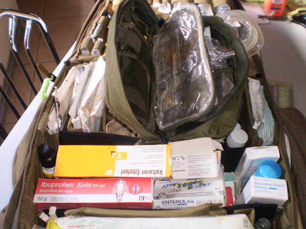 Le kit medical de Montargie au boulot (sphère 1 & 2 ) Pa180020