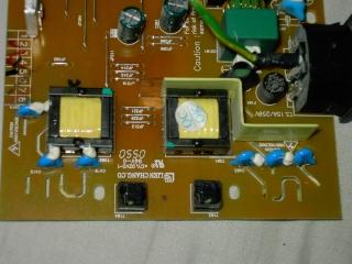 Problème écran rouge et qui s'éteint au bout de 2 sec. Pict0320