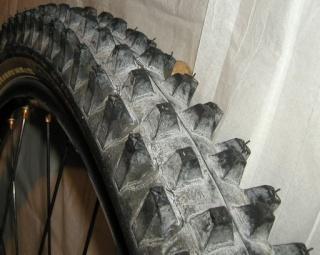 pneu en remplacement des python Spike_11