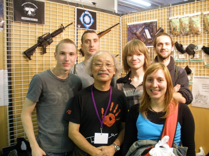 Salon Shooting games show 2010 P9110017