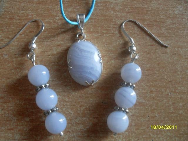mes créations bijoux lithothérapie Sdc16322