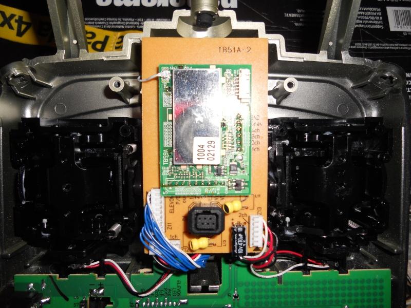 """Installazione Tasti """"Sparo Rapido"""" su Radiocomando Futaba Skysport 4ch 2.4 Ghz 17_04_10"""