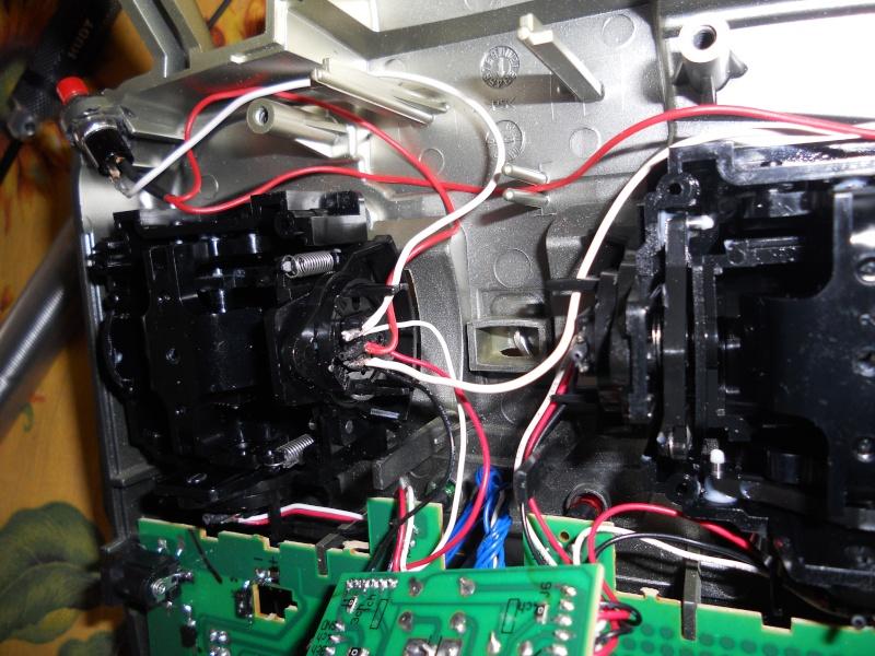 """Installazione Tasti """"Sparo Rapido"""" su Radiocomando Futaba Skysport 4ch 2.4 Ghz 17_04_11"""