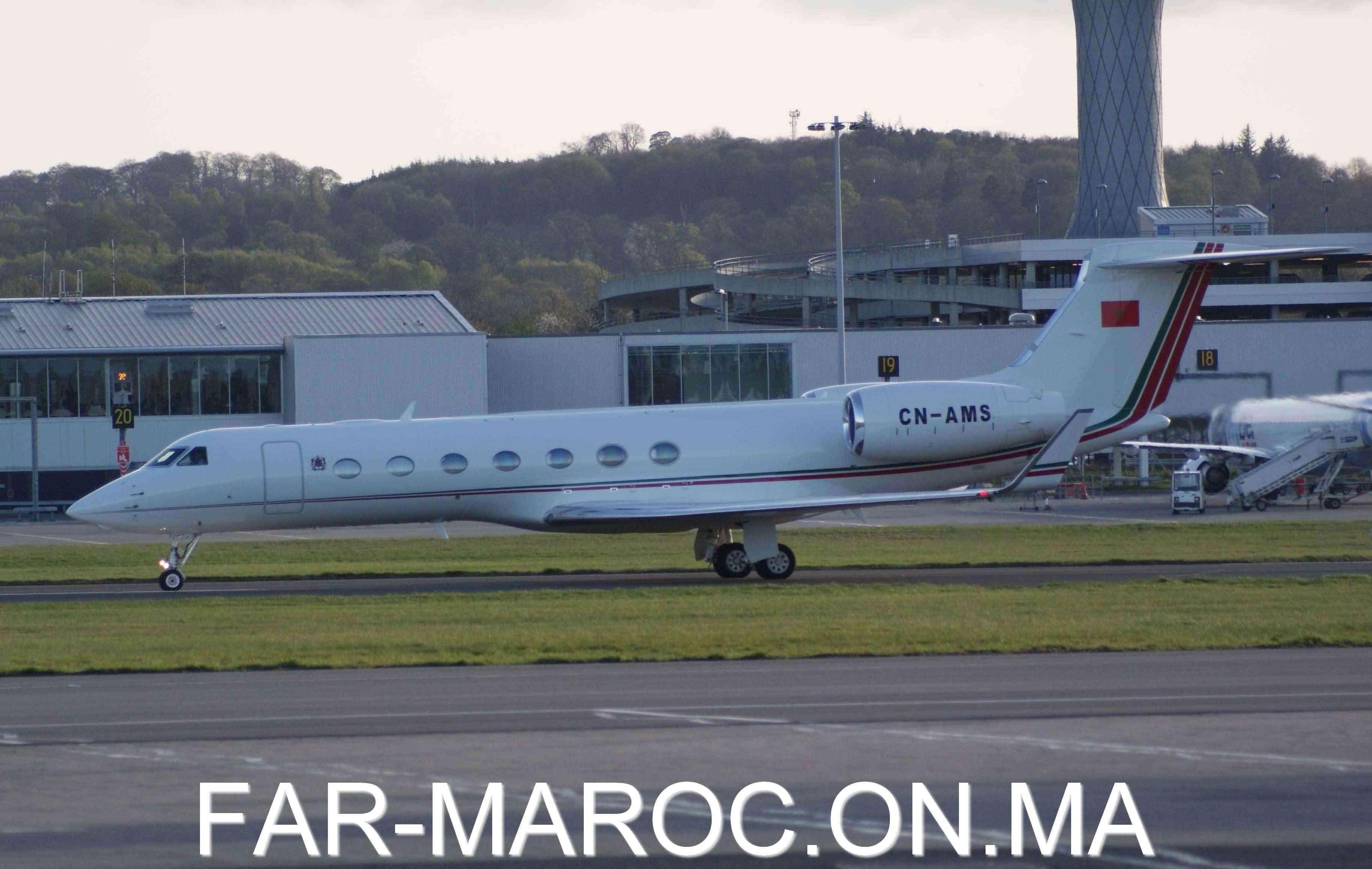 FRA: Avions VIP, Liaison & ECM - Page 4 93370910