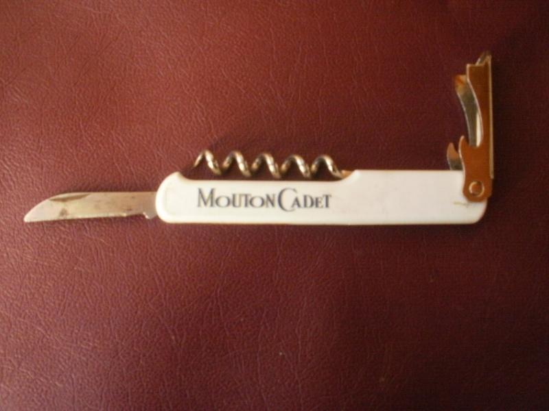 couteau multifonctions publicitaire  MOUTON CADET P8010121