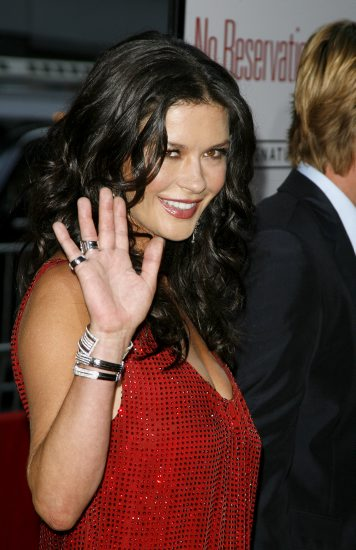 Katherine Zeta Jones - Any hand marks for Bipolar Disorder? Cather10