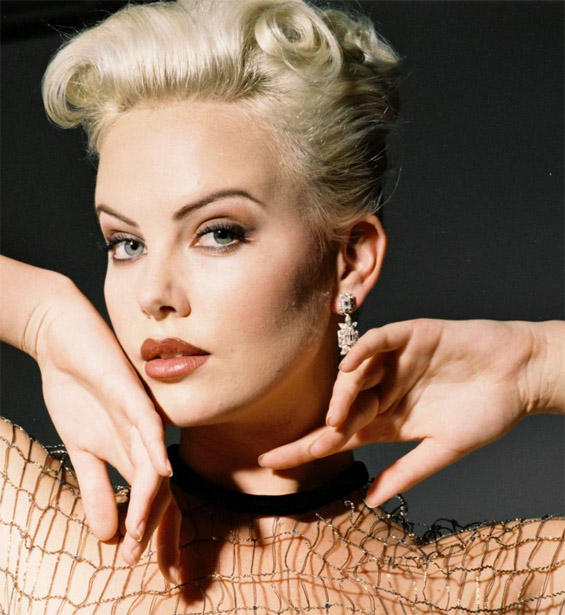 CHARLIZE THERON - First African Oscar winning actress! Charli13