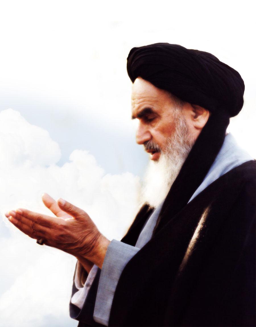 Grand Ayatollah Khomeini (1900-1989) - political & spiritual leader of Iran Khomei11