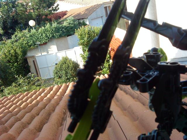 [Moc] Défis: construit le skrall de Bionicle mini echoe. Dsc01927