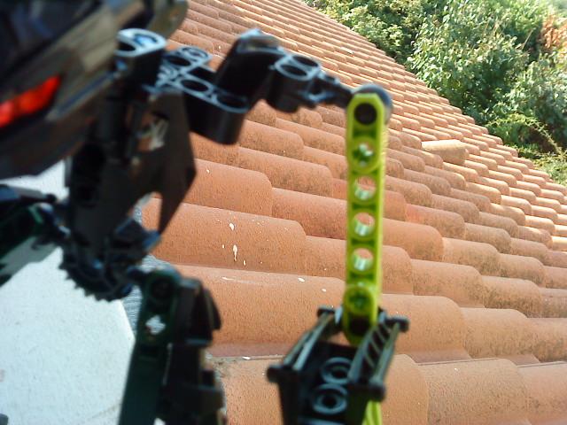 [Moc] Défis: construit le skrall de Bionicle mini echoe. Dsc01928