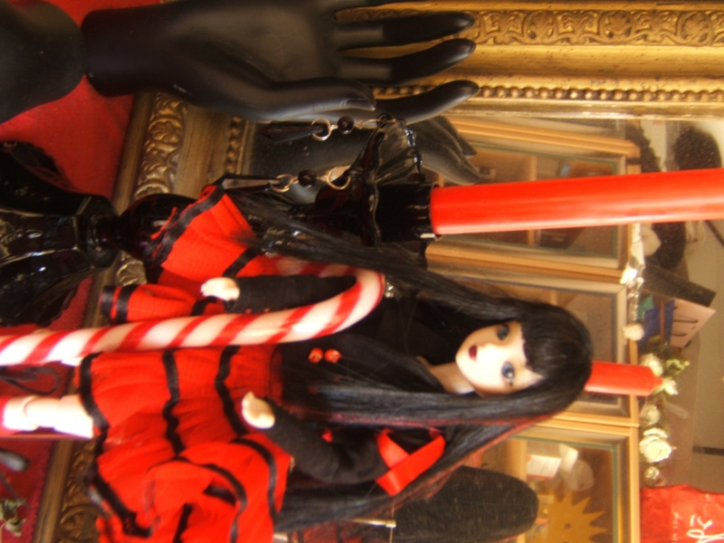 les poupées  Dscf4812