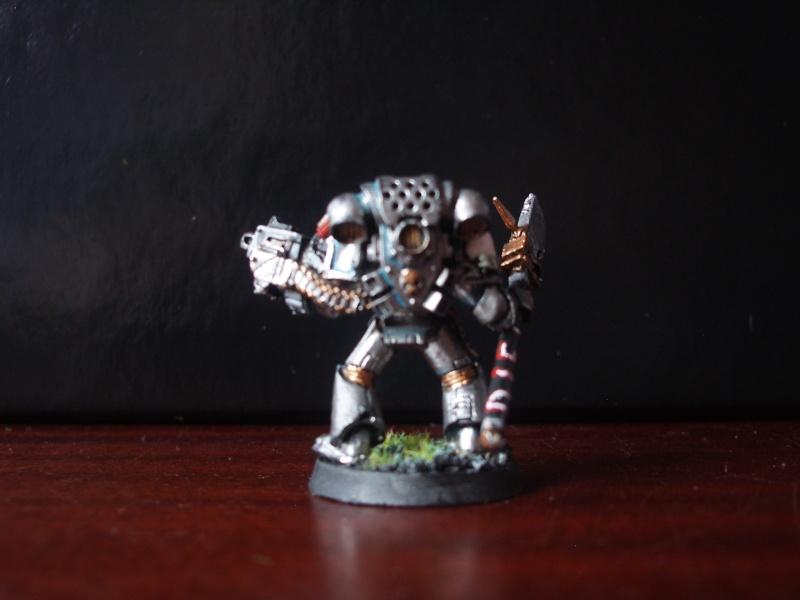 [Chevaliers Gris-Peinture] ma mini-armée de chasseurs de démons Imgp3526