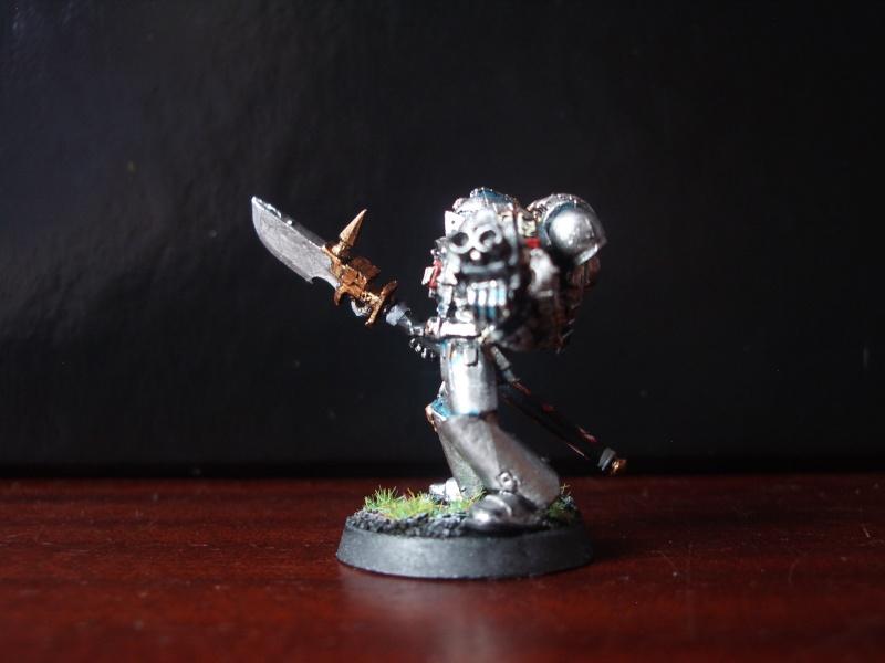 [Chevaliers Gris-Peinture] ma mini-armée de chasseurs de démons Imgp3529