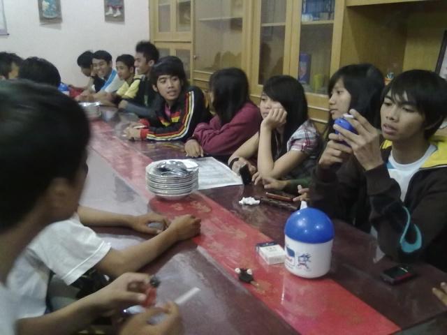 [UPDATE] Foto Buka Bersama & Nonton Bareng  07092010